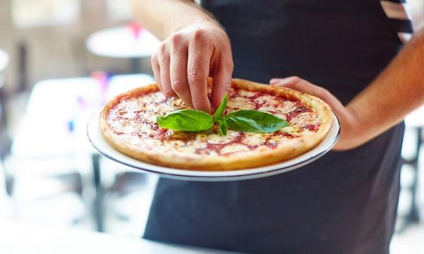 Pizzaexpress Inks Exclusive Deal With Deliveroo Qsrmedia Uk