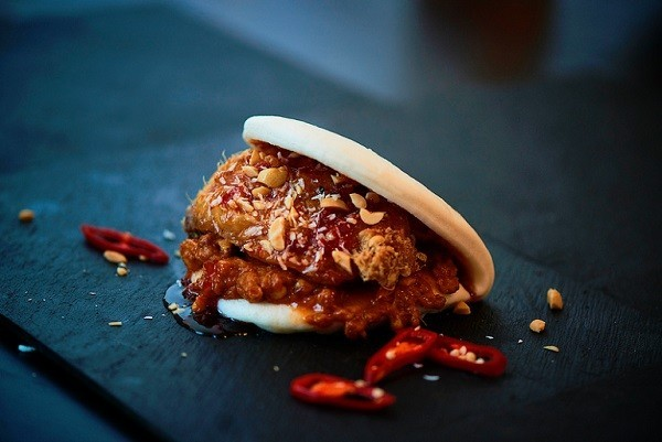 Asian Fusion Street Food Concept Tiger Bites Joins Deliveroo S Editions Kitchen In Whitechapel Qsrmedia Uk Qsr News For Uk S Quick Service Restaurant Industry