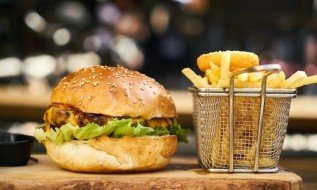 Appetite for delivery-only kitchens expected to grow as indoor dining reopens