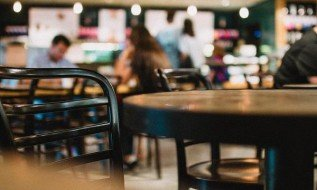 Spend in restaurants, pubs soar 215% during high street reopening